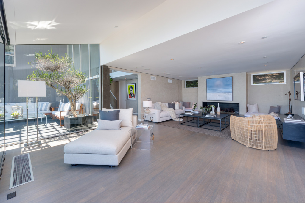 Matthew Perry | Meridith Baer Home