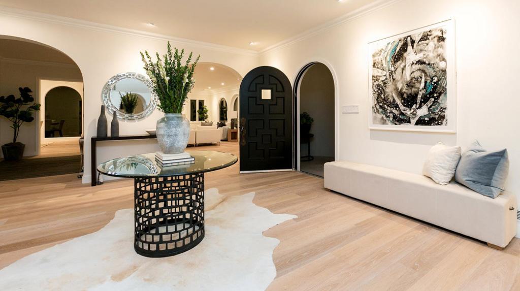 Meridith Baer Home | 436 Adelaide Dr. Santa Monica CA