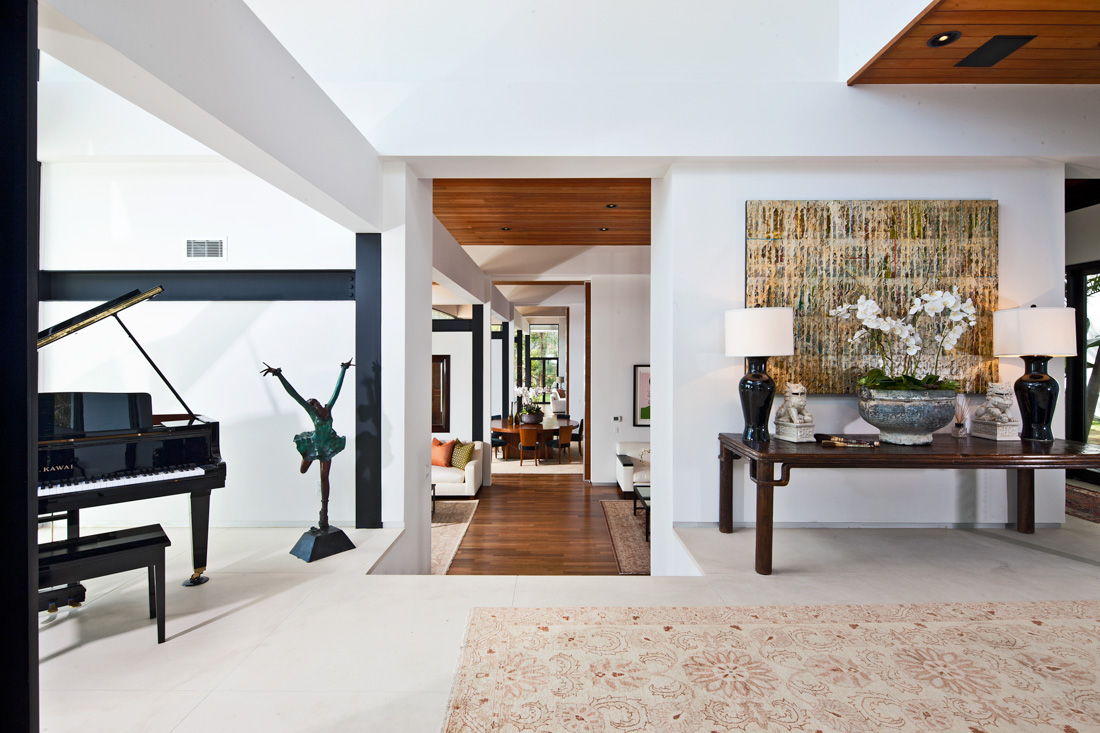 Modern l a retreat meridith baer home - Villa moderne los angeles meridith baer ...