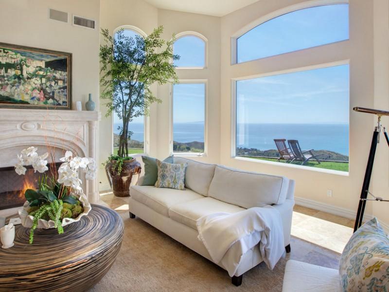 Malibu Hilltop Estate | Meridith Baer Home