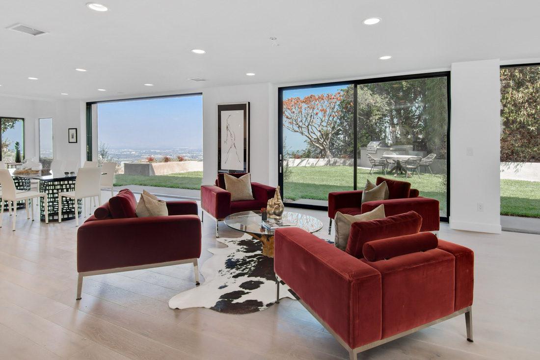 Encino Modern : Meridith Baer Home