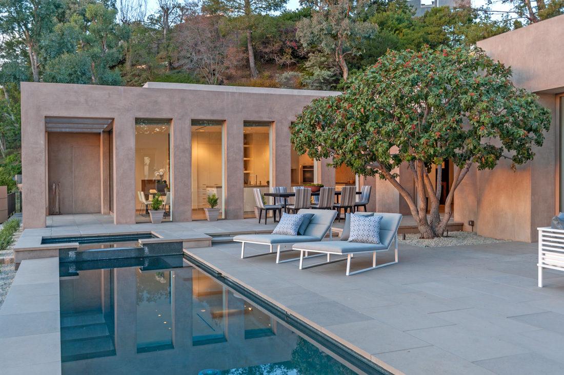 1016 Hillcrest Rd. Beverly Hills CA