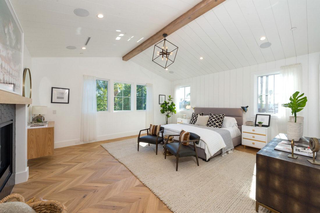 Modern Barn-House