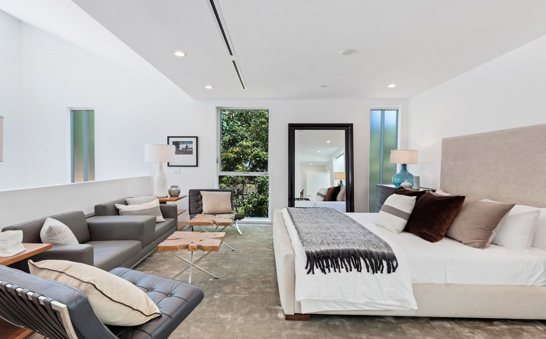 Beverly Glen Contemporary