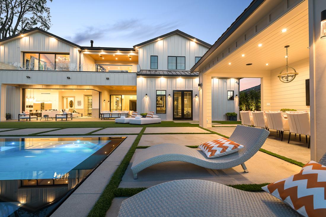 Royal Oaks Estate
