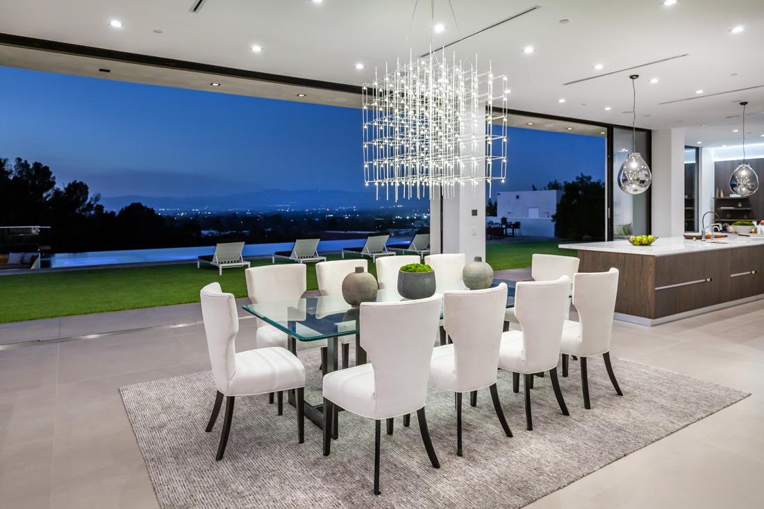 Oak View Modern