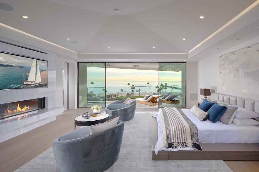 Corona Del Mar Modern